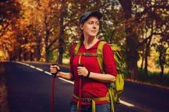 Tourist der jungen Frau Lizenzfreie Stockfotografie