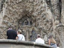 Tourist durch die Kathedrale Stockbild
