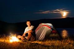 Tourist in einem Lager Stockfoto