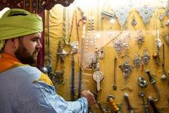 Tourist in einer Reise herein durch Marokko stockfotografie