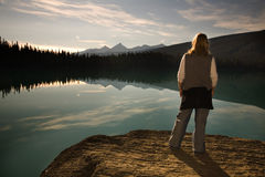 Tourist at Emerald Lake Royalty Free Stock Images