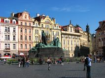 Tourist enjoying at old town square, Prague Stock Photography