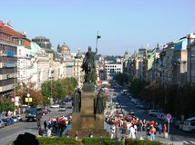 Tourist enjoying a summer day, Wenceslas Square Stock Photos