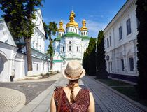 Tourist in Kiew Pechersk Lavra stockfotos