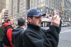 Tourist photographing Manhattan Royalty Free Stock Photos