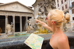 Tourist on Rotonda square in Rome. Royalty Free Stock Images