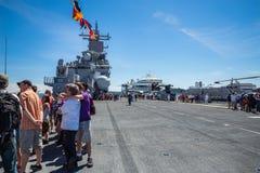 Tourist Seattles Seafair auf dem USS-Boxer Stockfoto