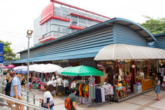 Tourist shopping in Chatuchak weekend market Stock Photos