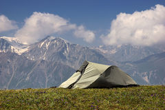 Tourist tent in the mountains Royalty Free Stock Photos