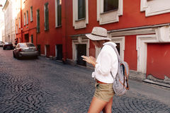 Tourist using navigation app on the mobile phone. Travel concept Royalty Free Stock Photography
