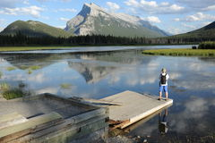 A tourist at Vermillion Lakes Royalty Free Stock Photos