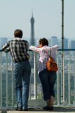 Tourist watching the eiffel tower Royalty Free Stock Photo