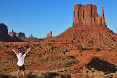 The tourist in a white shirt in Monument Valley Royalty Free Stock Photos