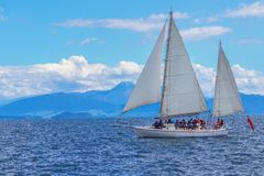 Free Tourist Yaсht Sailing, Lake Taupo, New Zealand Stock Images - 150466004