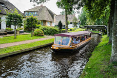 Touristboat in Giethoorn Stock Photography