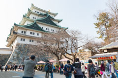 Touriste au château de Nagoya Photos stock