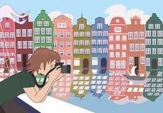 Touriste avec l'appareil-photo au vieux voyage de rivière de l'Europe Photographie stock