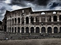 Touriste chez le Colosseum Photo stock