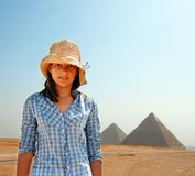 Touriste d'adolescente en Egypte Photographie stock