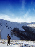 Touriste dans les montagnes Image stock