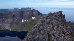 Touristen auf den Berg stock video