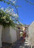 Touristen auf griechischer Insel Lizenzfreie Stockbilder