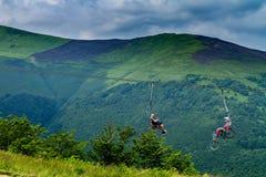 Touristen auf Hymbа-Berg Lizenzfreie Stockbilder