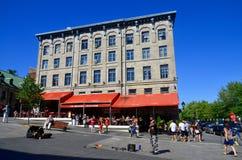 Touristen auf Jacques Cartier-Platz Lizenzfreie Stockfotografie