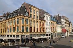 Touristen auf Place du General de Gaulle in Lille, Frankreich Lizenzfreies Stockfoto