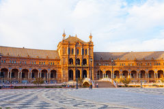 Touristen auf Plaza de Espana, Sevilla Lizenzfreies Stockfoto