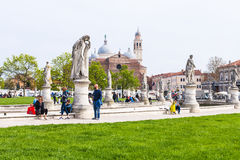 Touristen auf Prato-della Valle in Padua Lizenzfreies Stockfoto