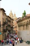 Touristen in der Segovia-historischen Mitte Lizenzfreie Stockfotos