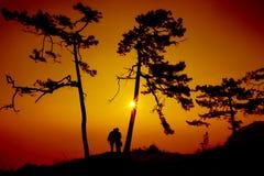 Touristen fotografieren den Sonnenaufgang stockfotografie