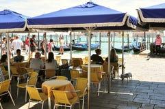 Touristen im Marktplatz San Marco, Venedig Lizenzfreies Stockbild