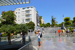 Touristen am Museum von ATHEN - Griechenland Lizenzfreie Stockbilder