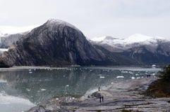 Touristen am Pia-Gletscher lizenzfreies stockfoto