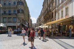 Touristen und Einheimische auf Wanceslas-Quadrat in historischem centr Prags stockfotografie