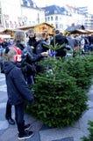 TOURISTEN UND WEIHNACHTSEINKÄUFER Stockfotografie