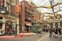 Touristen in Universal Studios in Singapur Lizenzfreie Stockfotografie