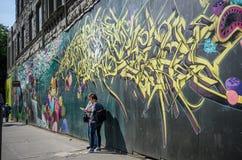 Touristen visitng Pionier-Quadrat in Seattle Lizenzfreies Stockbild
