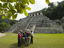 Touristenbesuch Palenque Mexiko Stockbild