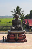 Touristenbesuch Wat Khun Inthapramun, Ang Thong Province, Thailan Stockbild