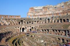Touristes chez Colosseum Image libre de droits
