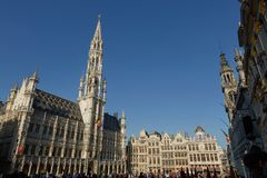 Touristes chez Grand Place à Bruxelles, Belgique Photos libres de droits