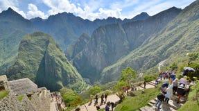 Touristes chez Machu Picchu peru Images libres de droits