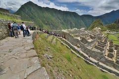 Touristes chez Machu Picchu peru Photos libres de droits