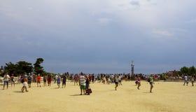 Touristes de Güell de parc Photos libres de droits