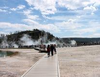Touristes en parc national de Yellowstone Photographie stock