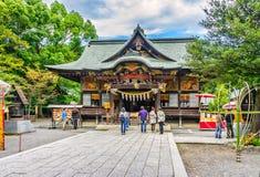 Touristes près de tombeau de Chichibu, Chichibu, préfecture de Saitama, Japon Photo stock