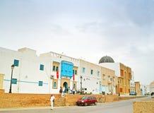 Touristes sur la rue de Kairoun, Tunisie Photographie stock